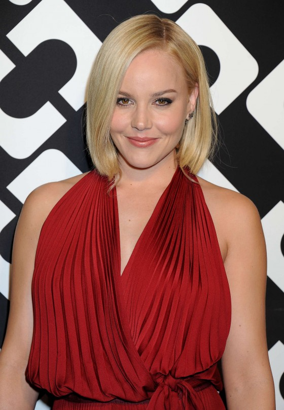 Abbie Cornish Working Out Wallpapers