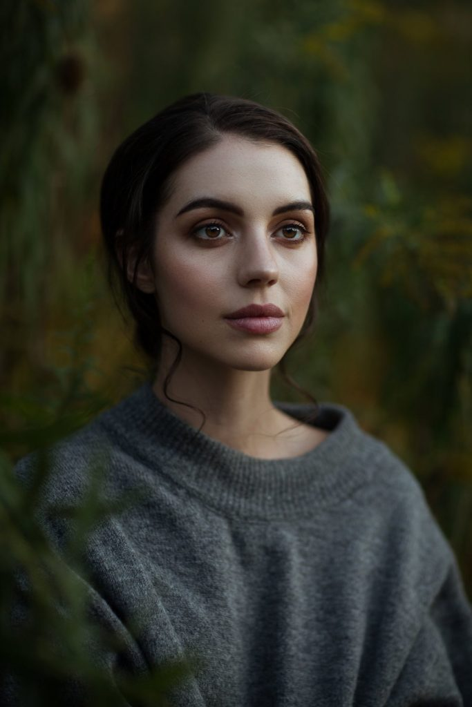 Adelaide Kane Oops Moment Wallpapers