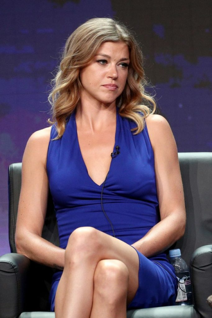 Adrianne Palicki Thighs Pictures