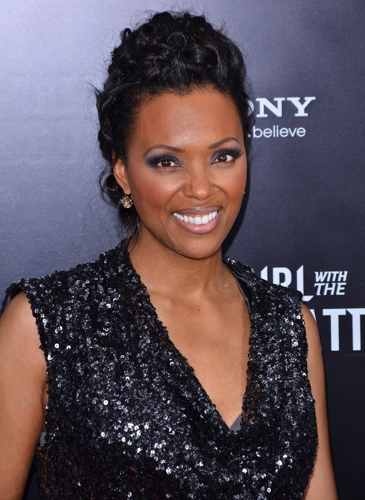 Aisha Tyler Beach Photos