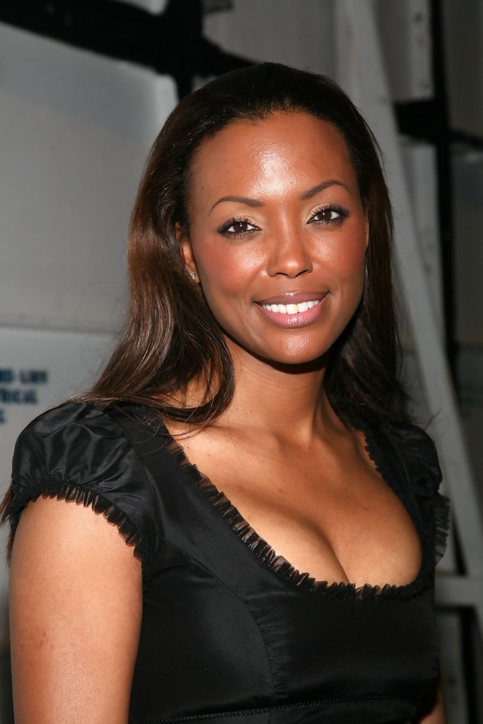 Aisha Tyler Long Hair Pictures