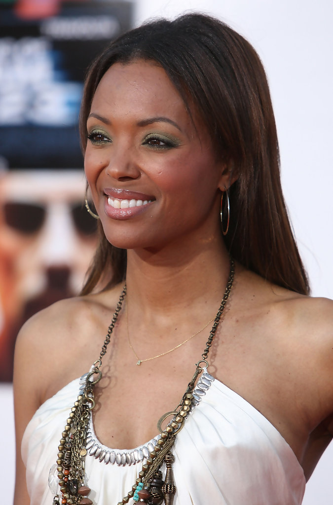 Aisha Tyler Topless Wallpapers