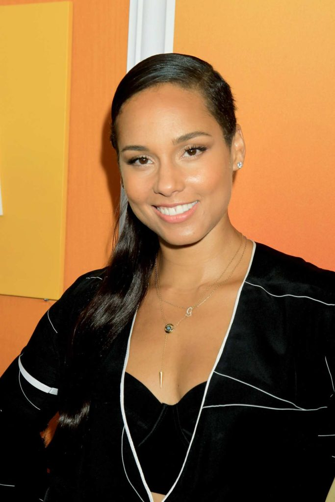 Alicia Keys Hair Style Wallpapers