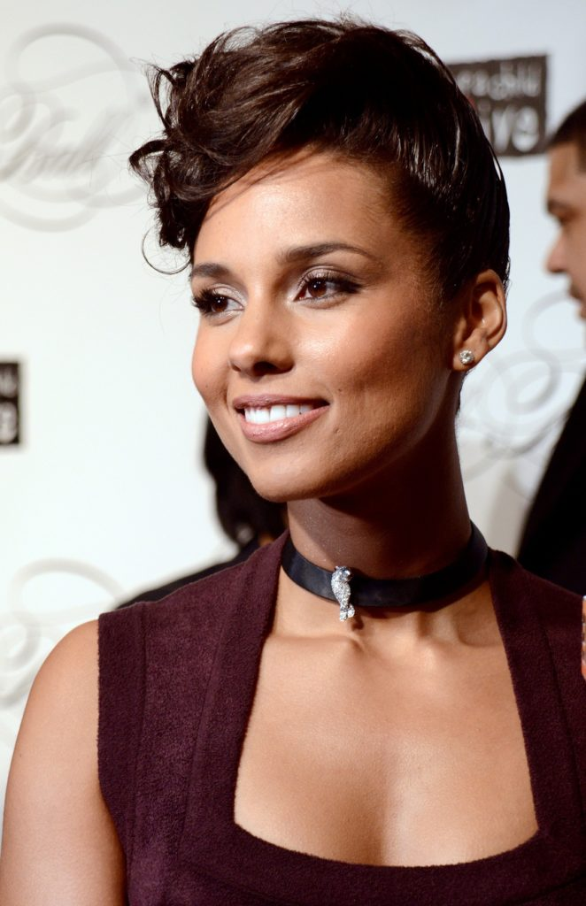 Alicia Keys Oops Moment Pictures