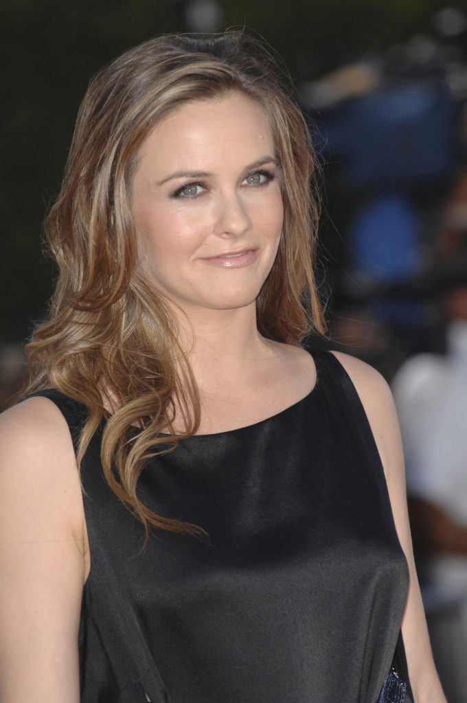 Alicia Silverstone Cleavage Photos