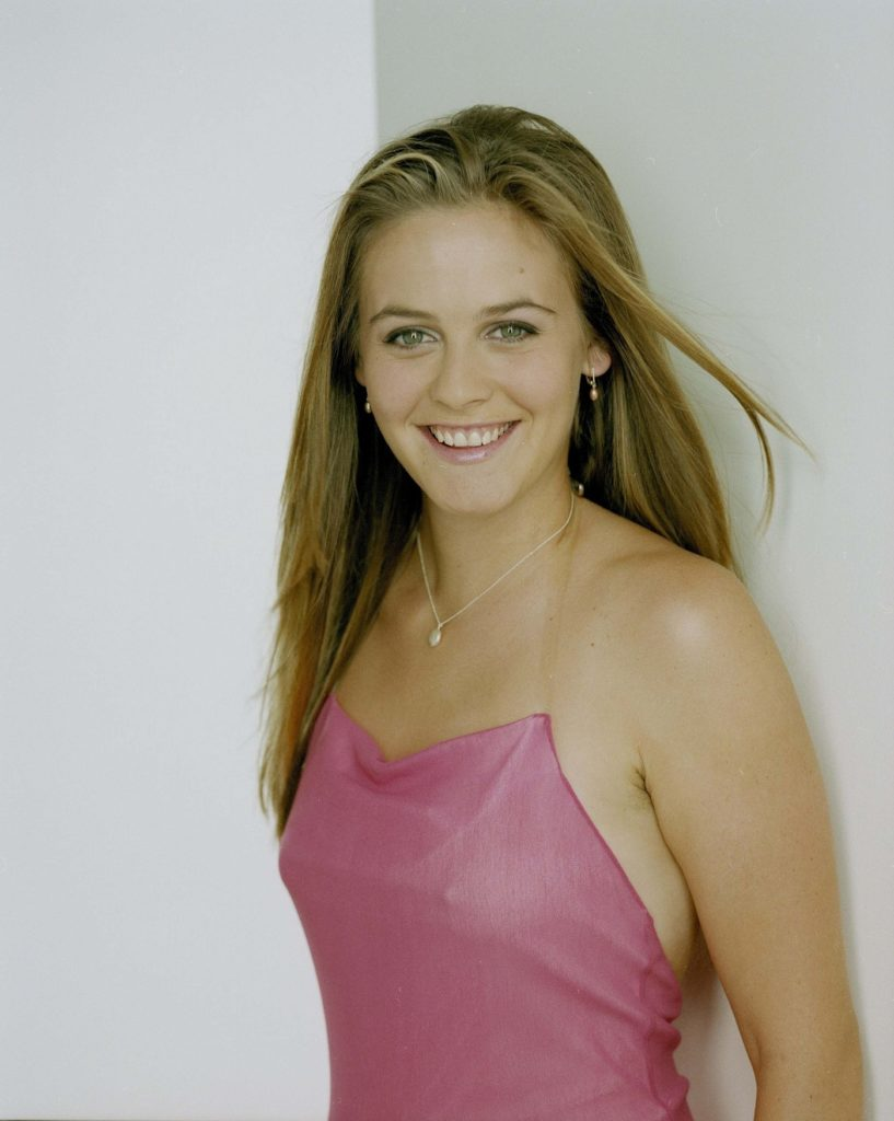 Alicia Silverstone Hair Style Photos