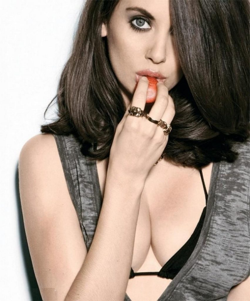Alison Brie Lingerie Wallpapers
