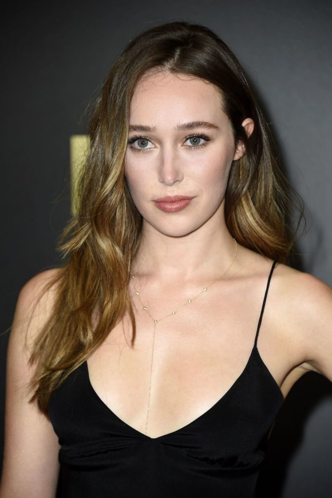 Alycia Debnam-Carey Boobs Pics