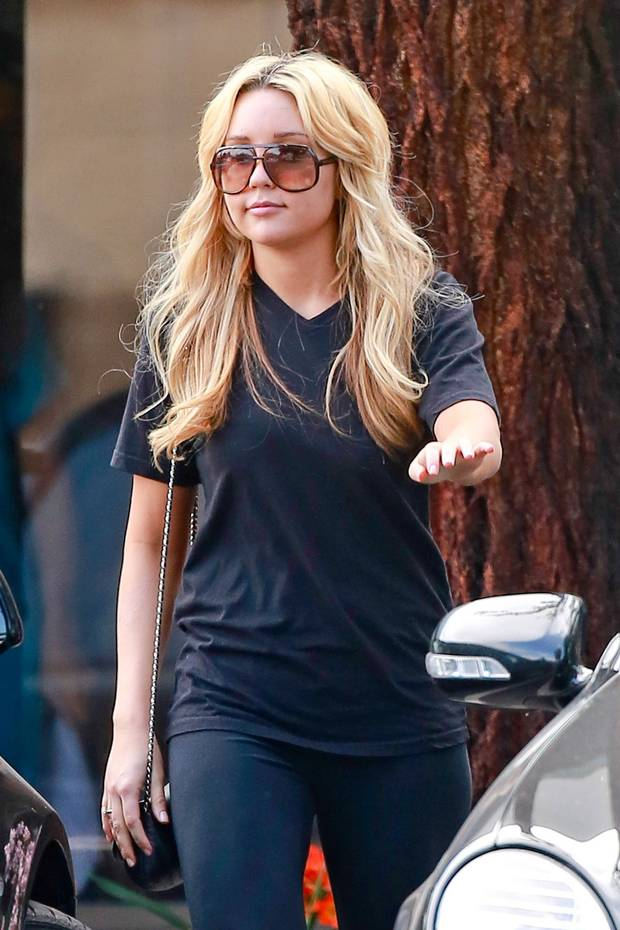 Amanda Bynes Smile Face Photos