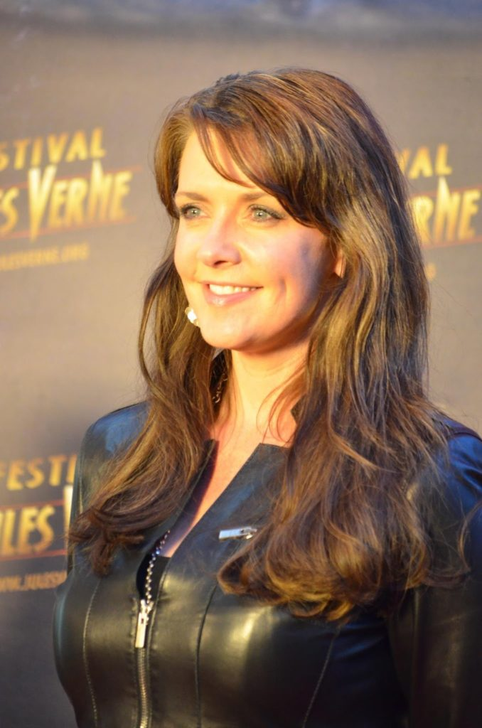 Amanda Tapping Sexy Images