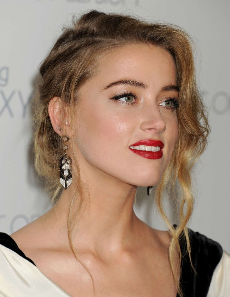 Amber Heard Bra Panty Pictures