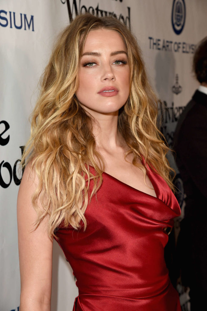 Amber Heard Cleavage Images