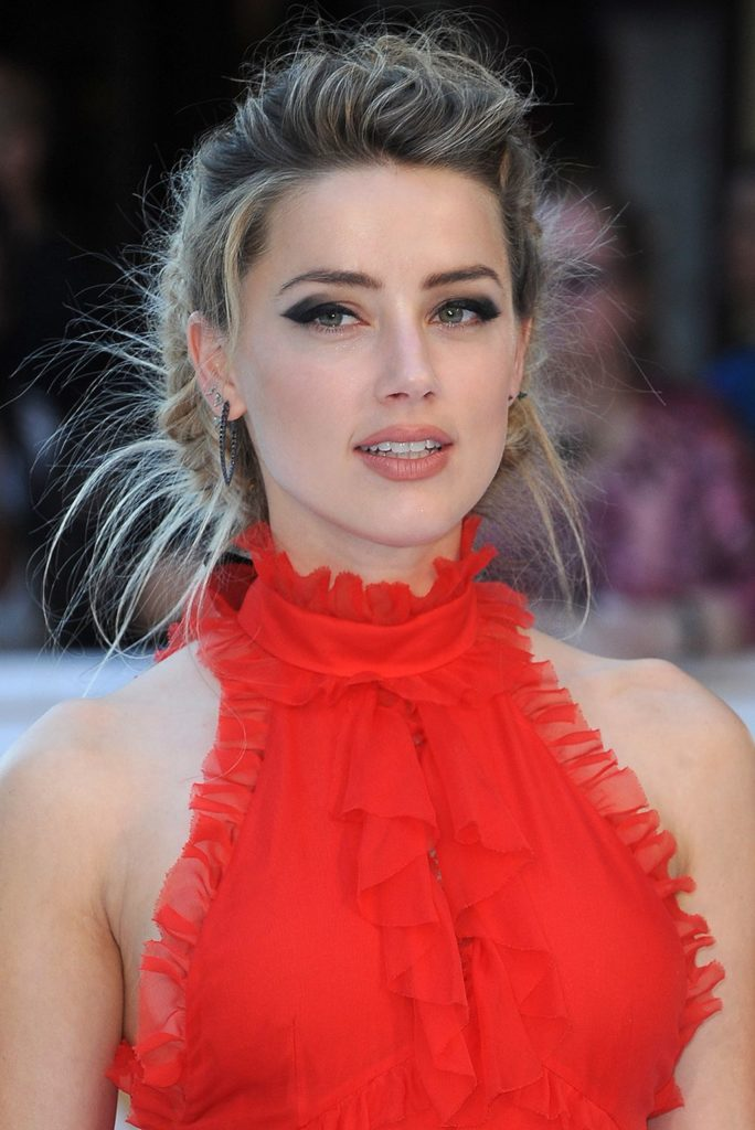Amber Heard Makeup Pictures