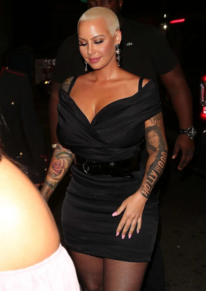 Amber Rose Smileing Pictures