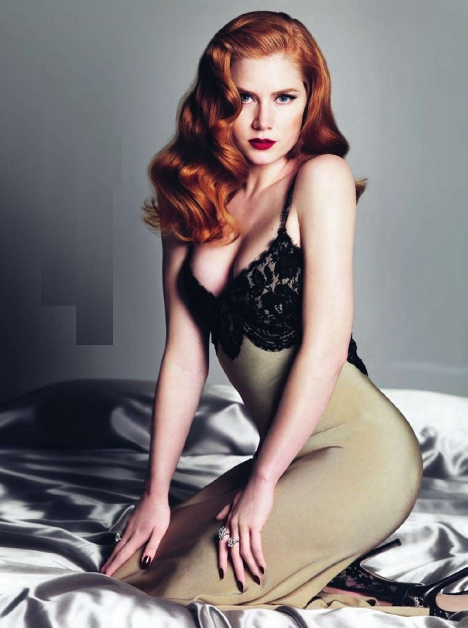 Amy Adams Sexy Pose Images