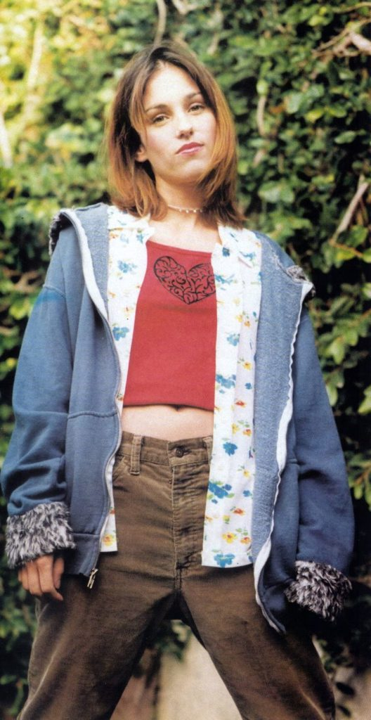 Amy Jo Johnson Pictures