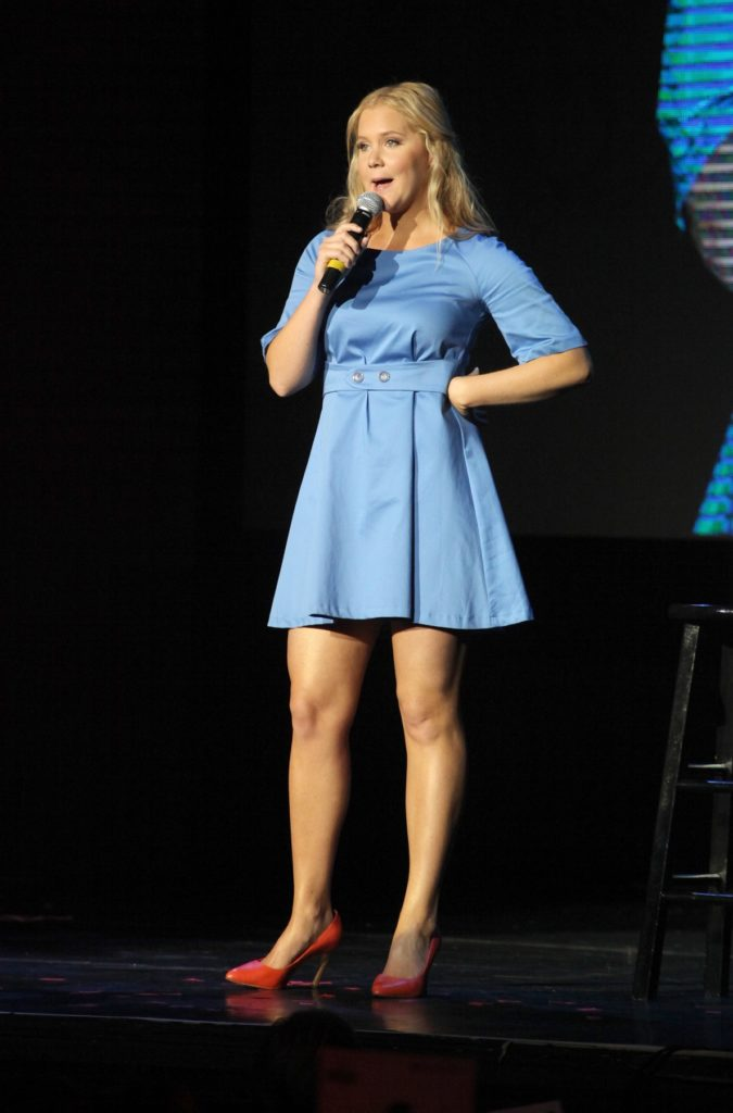 Amy Schumer Feet Images