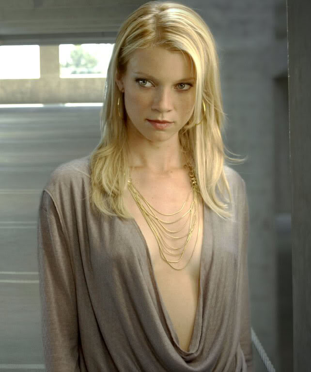 Amy Smart Topless PIctures