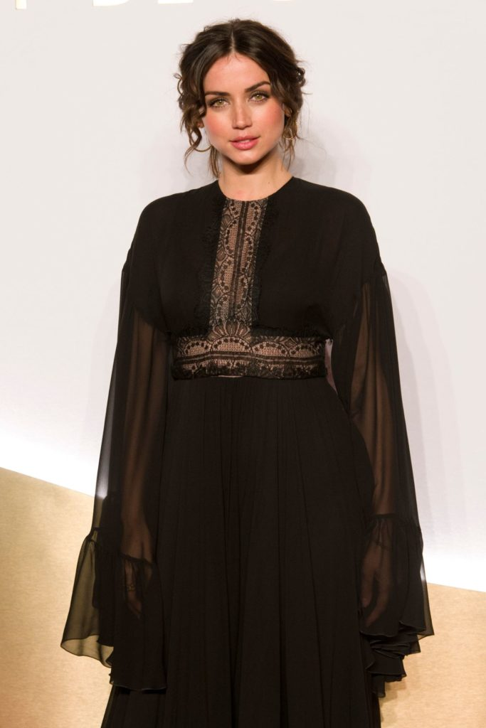 Ana de Armas Body Pictures