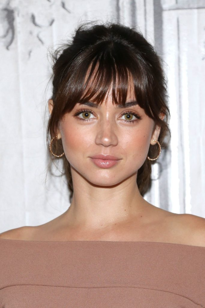 Ana de Armas Eyes Photos