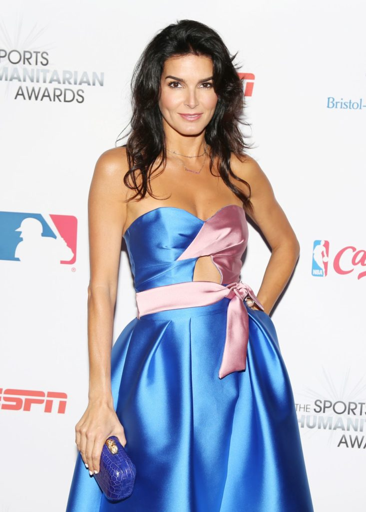 Angie Harmon Gown Pictures