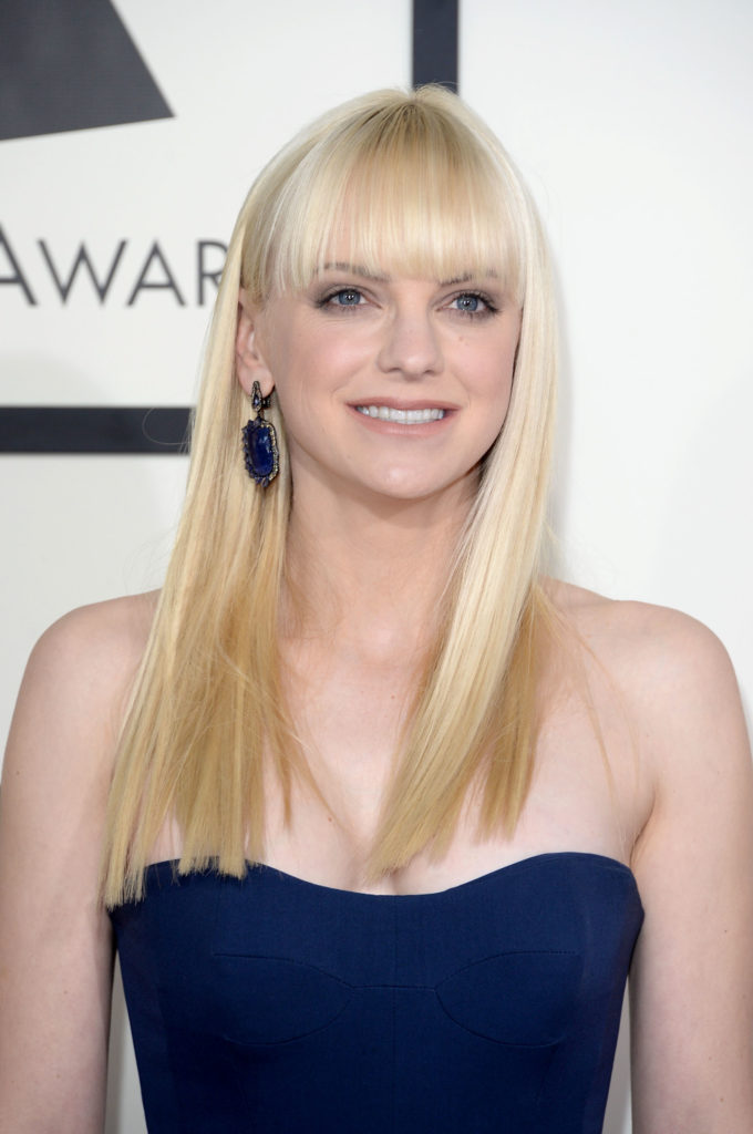 Anna Faris Boobs Images
