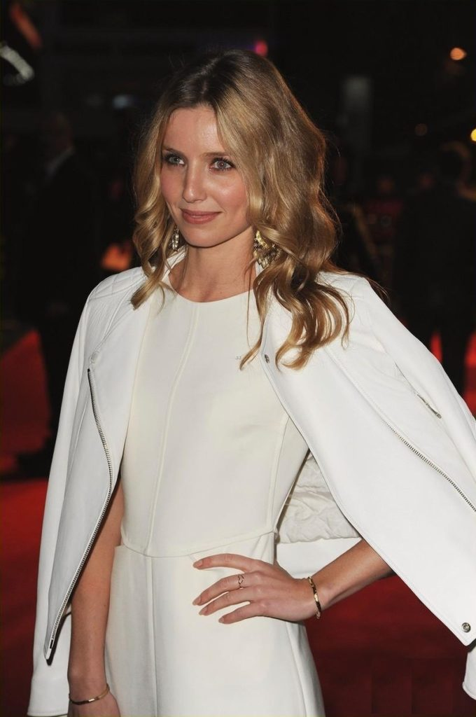 Annabelle Wallis At Event Wallpapers