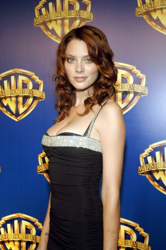 April Bowlby Boobs Pictures