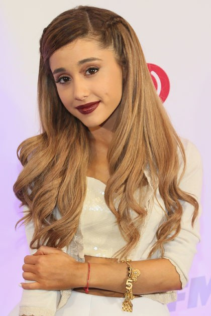 Ariana Grande Workout Pictures