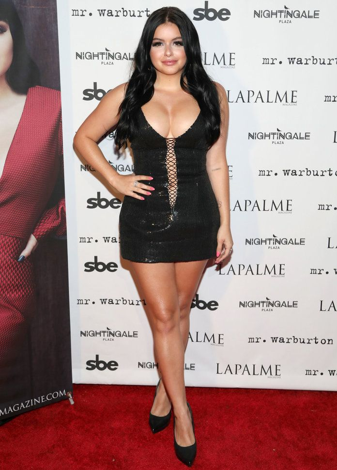 Ariel Winter Feet Wallpapers
