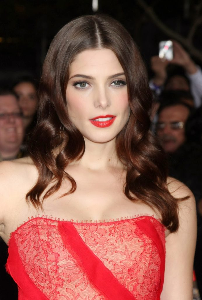 Ashley Greene Oops Moment Wallpapers