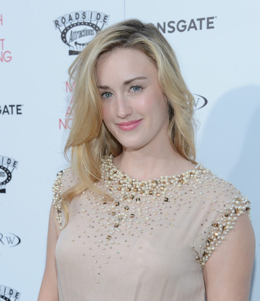 Ashley Johnson Haircut Pictures