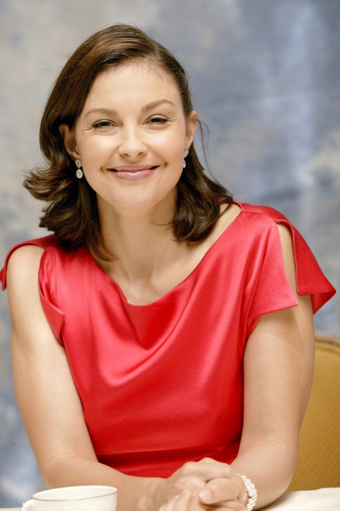 Ashley Judd Cute Images