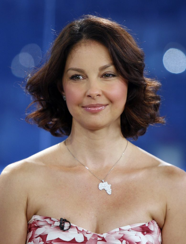 Ashley Judd Leaked Wallpapers