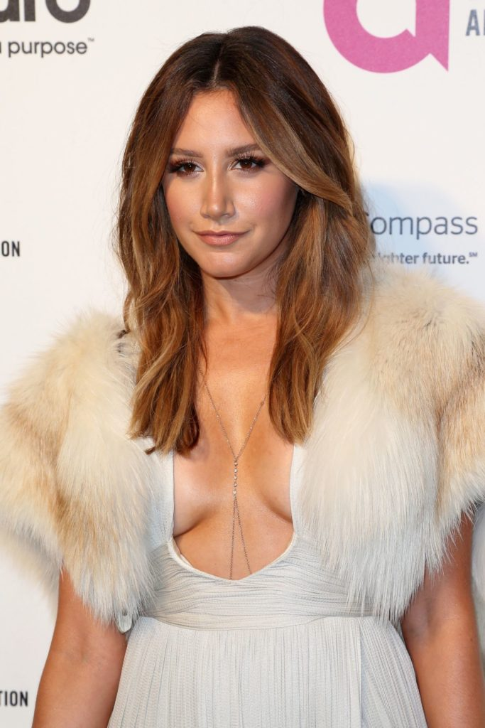 Ashley Tisdale Topless Wallpapers