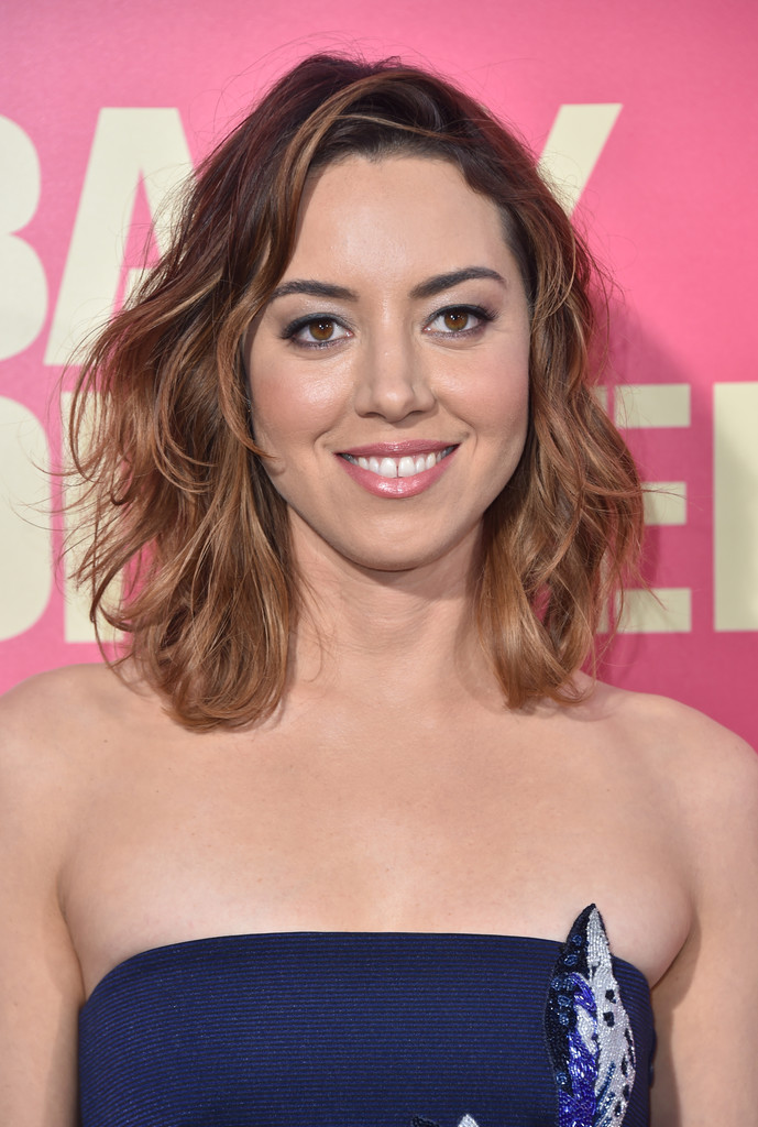 Aubrey Plaza Boobs Pictures