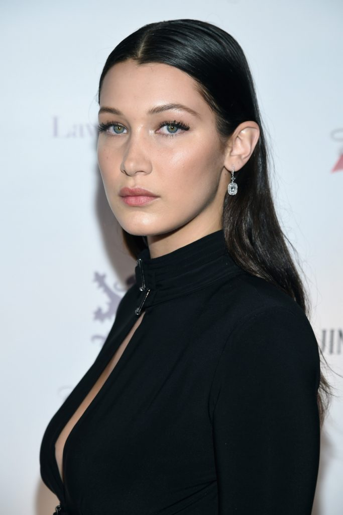 Bella Hadid Cleavage Pics