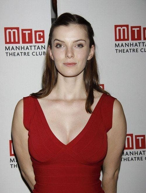Betty Gilpin Bra Panty Images