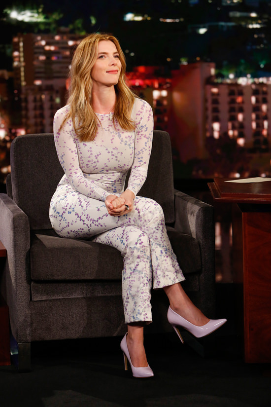 Betty Gilpin Pictures