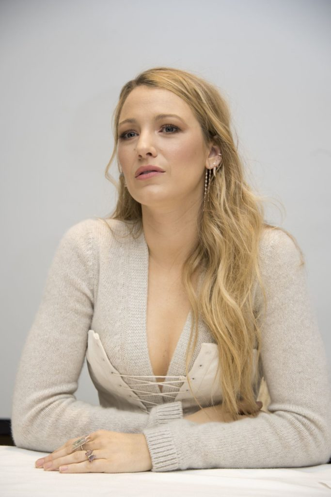 Blake Lively Oops Moment Images
