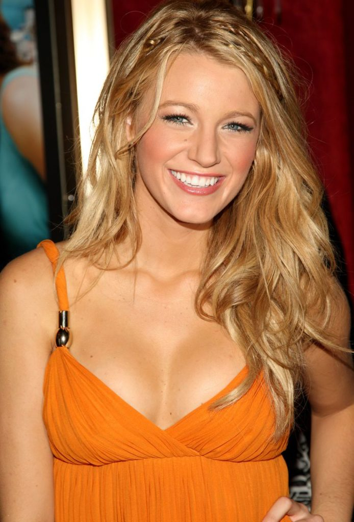 Blake Lively Topless Pics