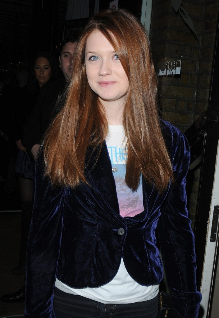 Bonnie Wright Cleavage Wallpapers