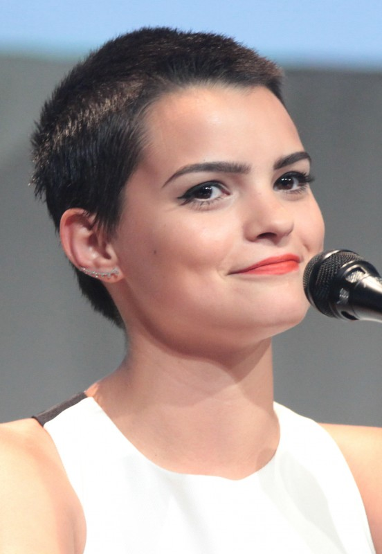 Brianna Hildebrand Braless Wallpapers