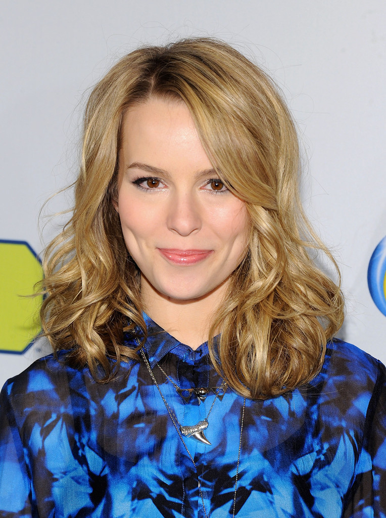 Bridgit Mendler Hot Photos