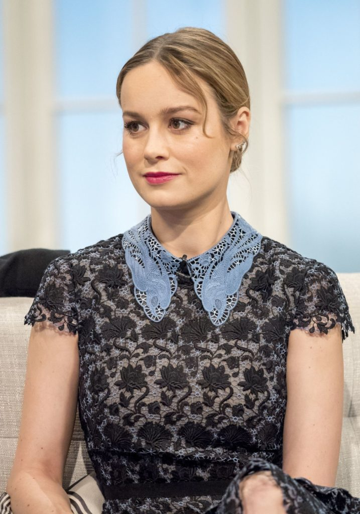 Brie Larson Cleavage Wallpapers
