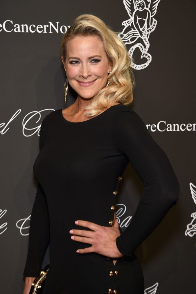 Brittany Daniel Gown Pictures