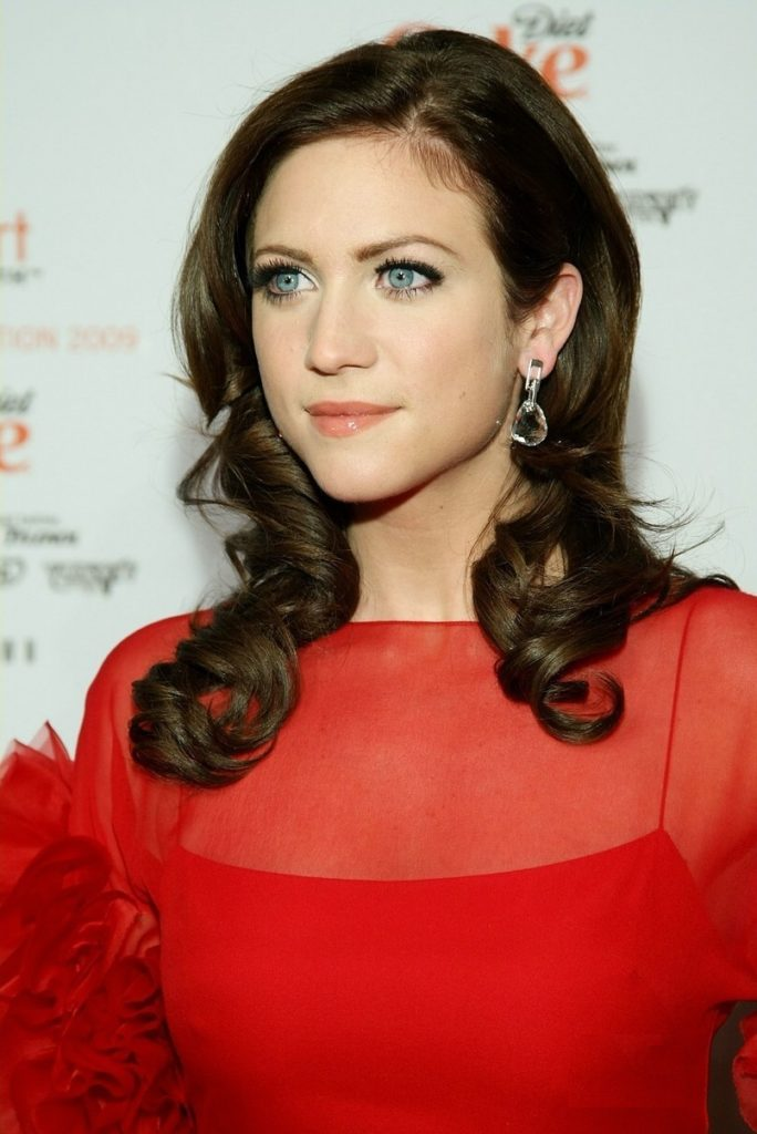 Brittany Snow Pictures
