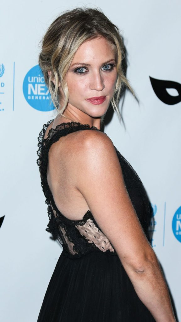 Brittany Snow Swimsuit Pictures
