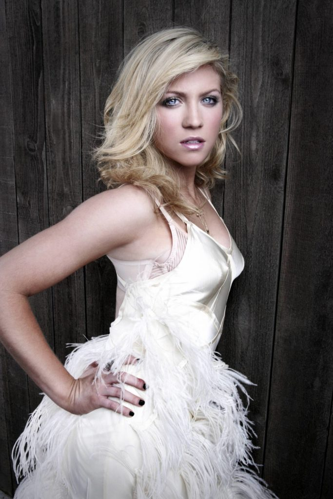 Brittany Snow Without Makeup Images