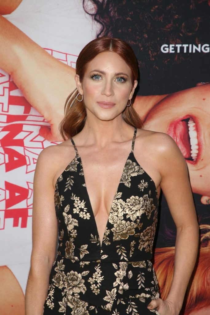 Brittany Snow Yoga Pants Images